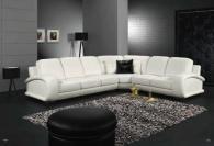 Ъглова мека мебел в бяло