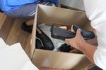 преместване на дрехи с дрехарка